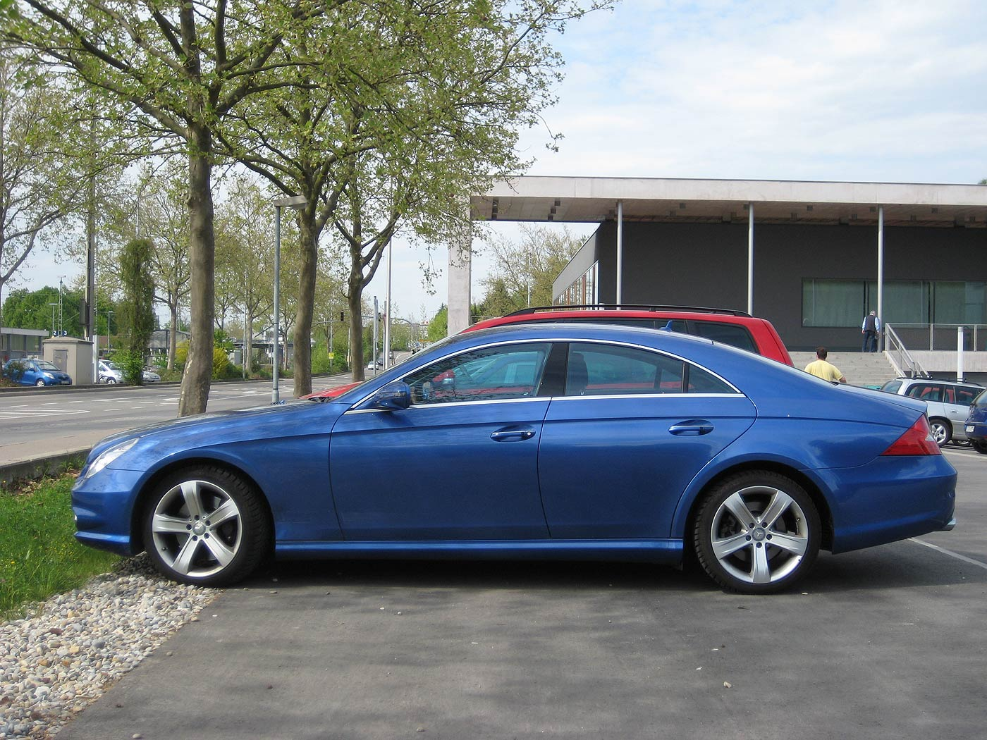 Mercedes-Benz CLS 500 (designo Mauritius blue) | Only cars ...